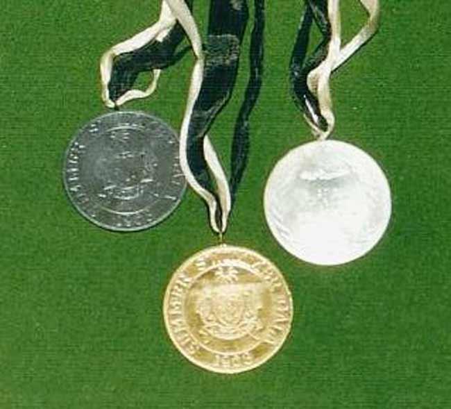 http://www.raafschoolpenang.com/Images/Memorabilia/penang_asa_medals.jpg